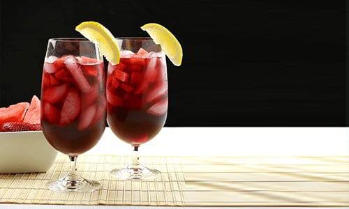strawberry-red-wine-sangria