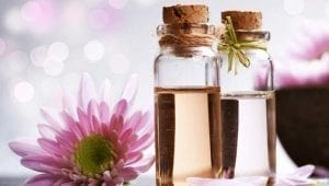Sandalwood Oil Benefits For Skin and Health