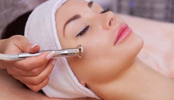 Dermabrasion for acne scars