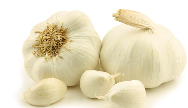 How Garlic Boosts Your Immune System